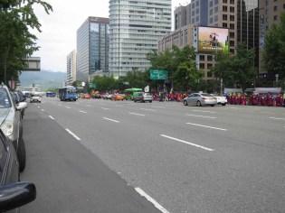 The Sajik Daeje procession walks up Sejong Daero to towards Gwanghwamun