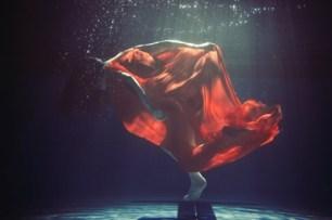 Kwangbok Jack Lee, Underwater Project, digital C-print, 2009