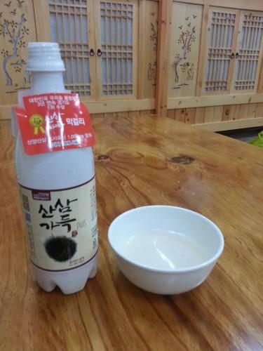Ginseng-flavoured makgeolli