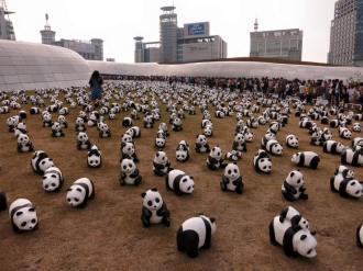 Papier-mache pandas at the DDP, 30 May 2015. (Photo: Sophie Bowman)