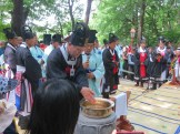 Daegwallyeong Sanshinje: the main celebrant washes his hands
