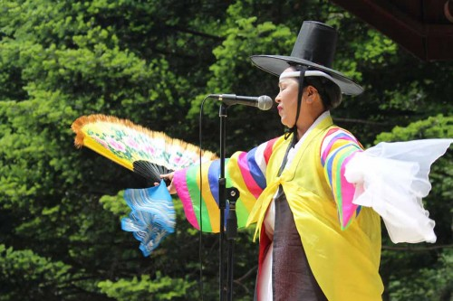 Post image for 2015 Travel Diary day 4: the Danoje rituals on Daegwallyeong ridge
