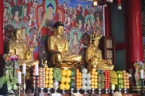 An altar in one of Bongwonsa's shrines, laden with food offerings