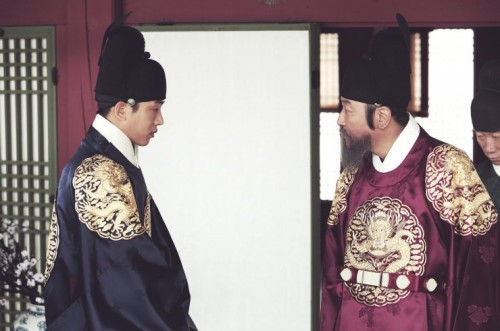 Featured image for post: Lee Joon-ik's The Throne: a familiar tale made a believable tragedy