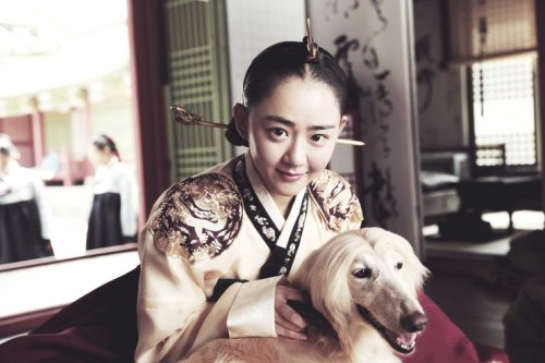 Moon Geun-young makes a welcome return to the big screen as Lady Hyegyong