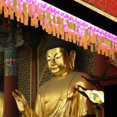 Jogyesa on the eve of Buddha's Burthday, 2016