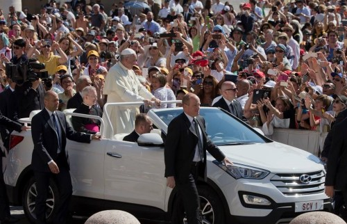 The new Hyundai Popemobile