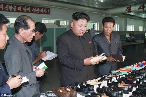 Kim Jong-un with shoes