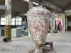 Large vessel by Lee Kang-hyo in Spoke China Works