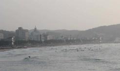 Surfing on Mallipo beach
