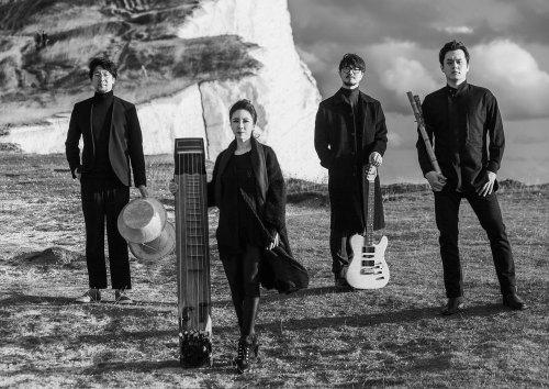 Black String, photo: Nah Seung-yull