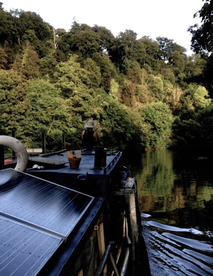 London Houseboats - Dutch Barge