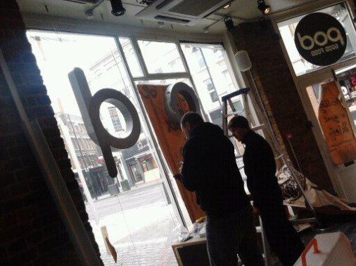 POD eatery coffee shop Nick Garrett London Signwriter