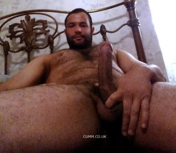 Qi-Gung Edging big hung hairy bloke