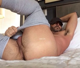 male-pit-stop-daddy-arse-heaven-on-erarth