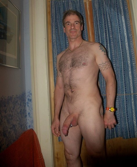 mature-and-experienced-wanker-daddy-hung-3