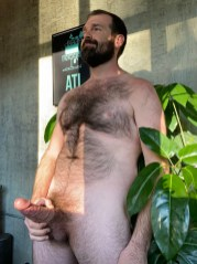 Naked-Old-Men-With-Huge-Cocks-PAPA-590