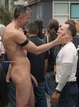 men-over-50-public-cocks-daddy-bear