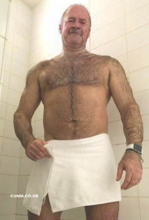 bear-art-daddy-hairy-Copy