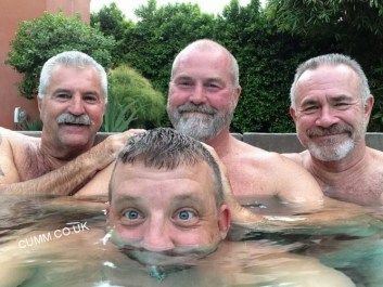 mens-group-nude-jaccuzzi