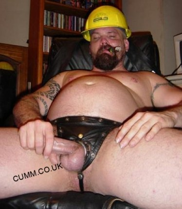 leather-workman-smoking-and-stroking