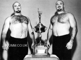 vintage-wrestlers-trophy-boy