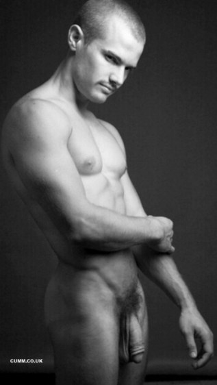 bisexual-male-model-nude