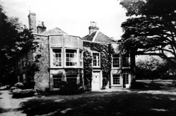 Heathrow Hall, 1935