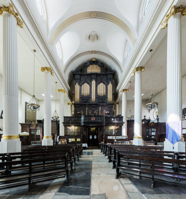 St_Magnus-the-Martyr_Church_Interior_2_-_Diliff