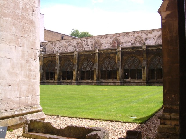 The garth in the Large Cloister, Westminster Abbey