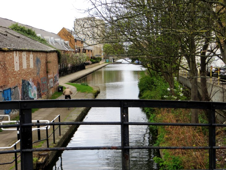 The Hertford Union Canal at the junction with the Regent's Canal