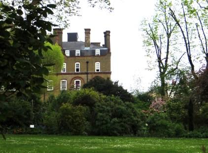 Lloyd Square gardens