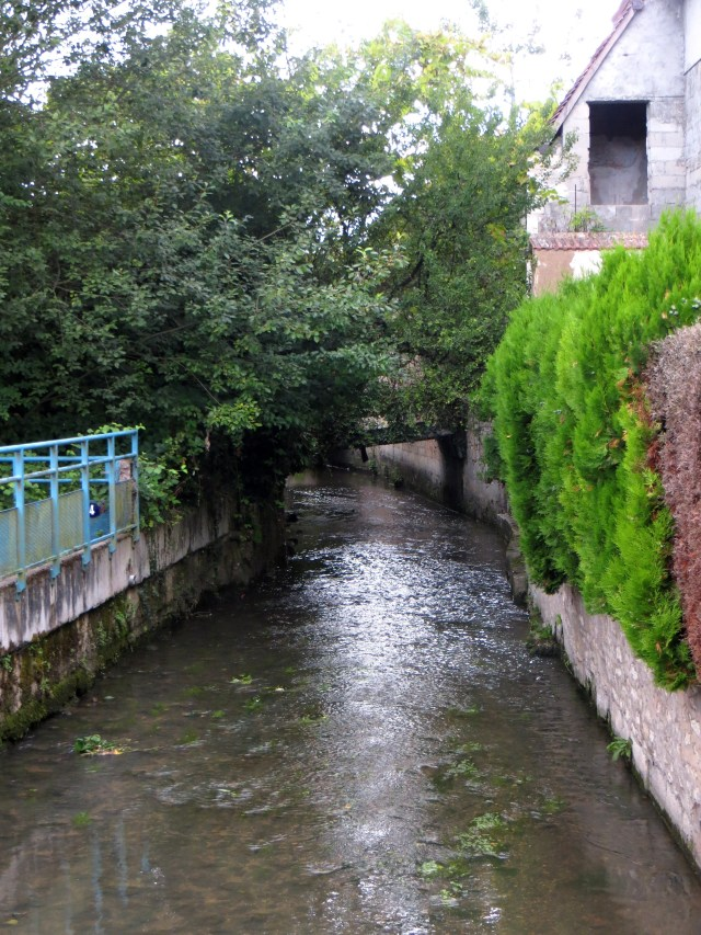 Theols River, Issoudun