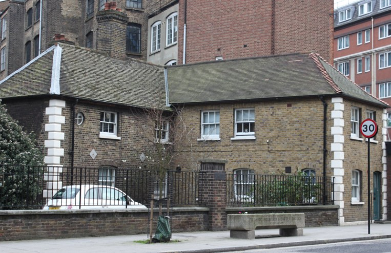 2015-1-11 Almshousew, Social housing, LR-4309