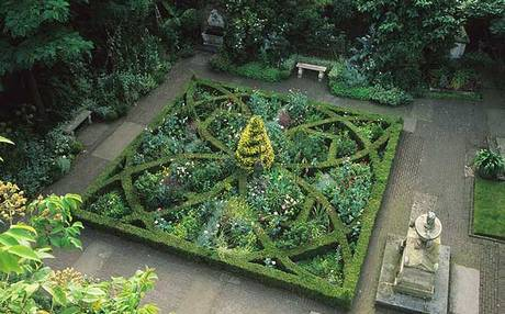 The Knot Garden, St Mary at Lambeth (www.telegraph.co.uk)