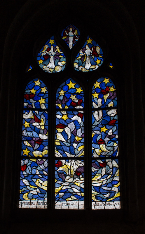 Stained glass, La Martyre Church