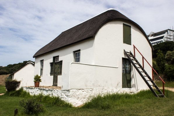 Munrohoek Cottages