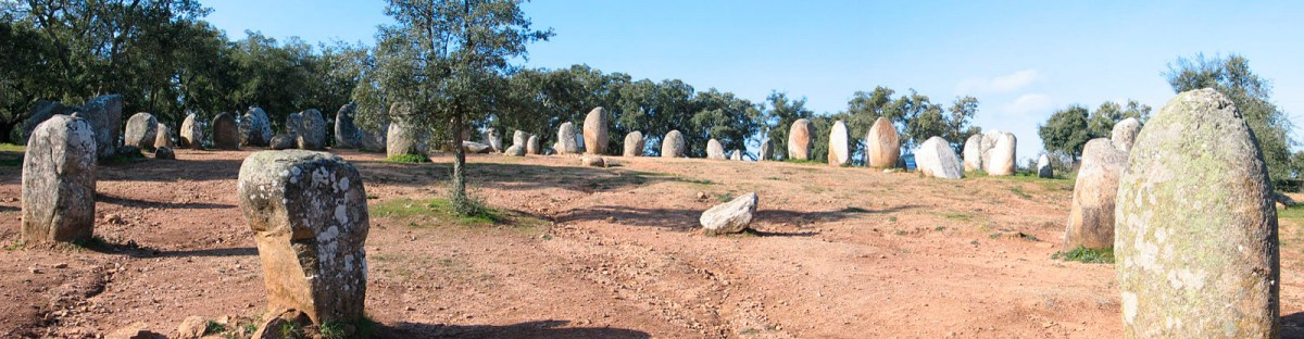 Stone Circle at Almendras, Evora (Wikipedia)