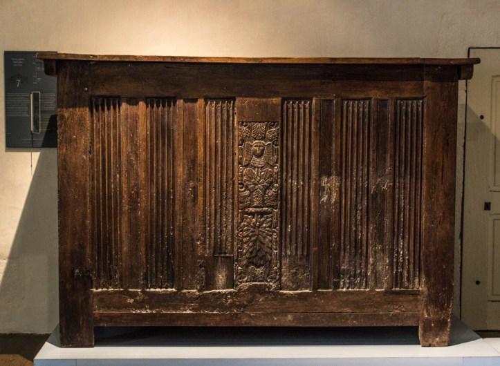 Grain storage chest, Chateau of Kerjean