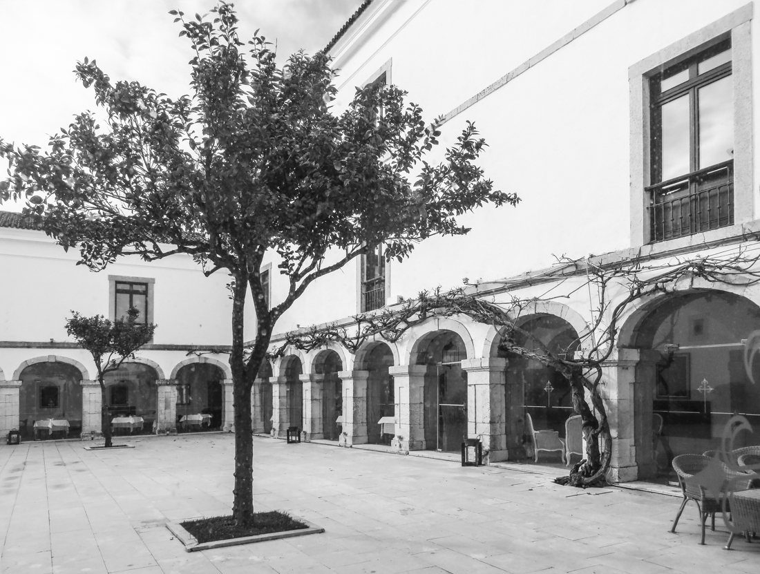 The Cloister of the Pousada at Palmela