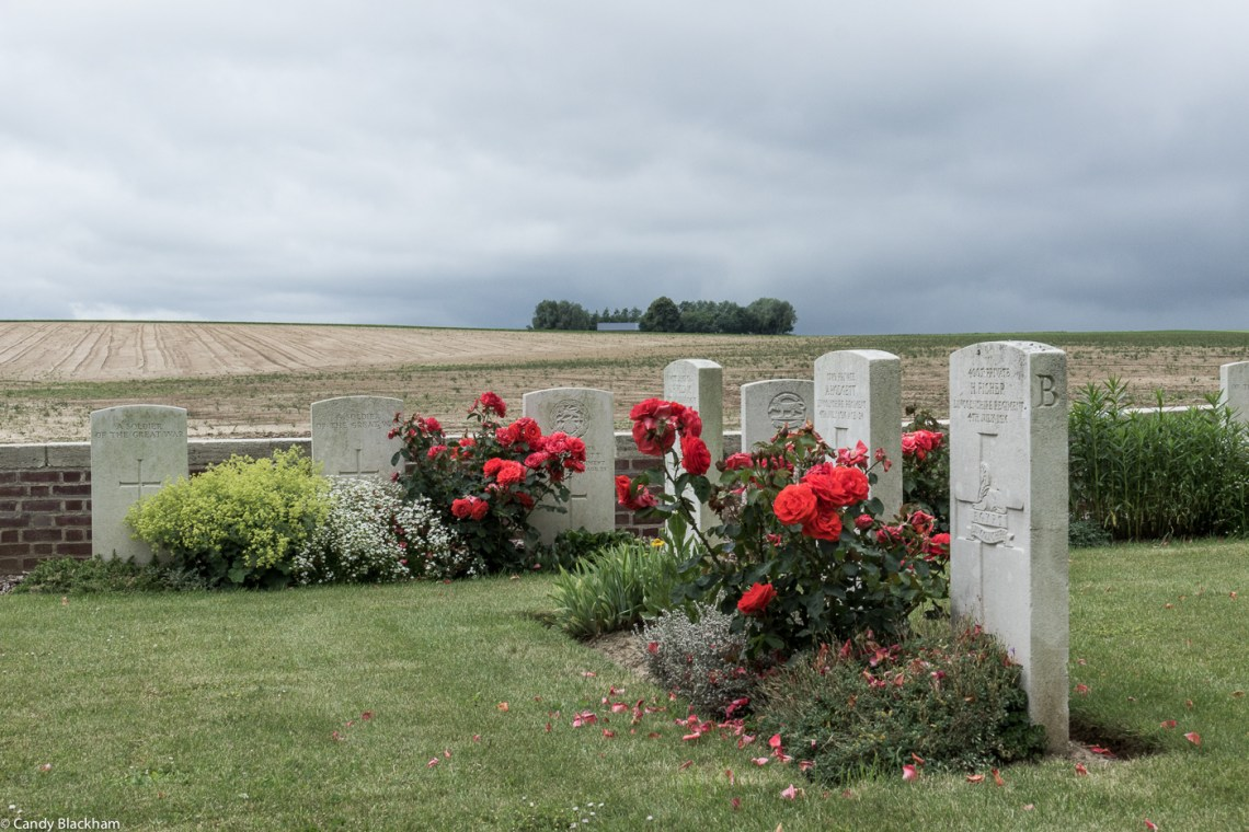 Hannescamps New Military Cemetery