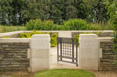Luke Copse Cemetery, Puisieux