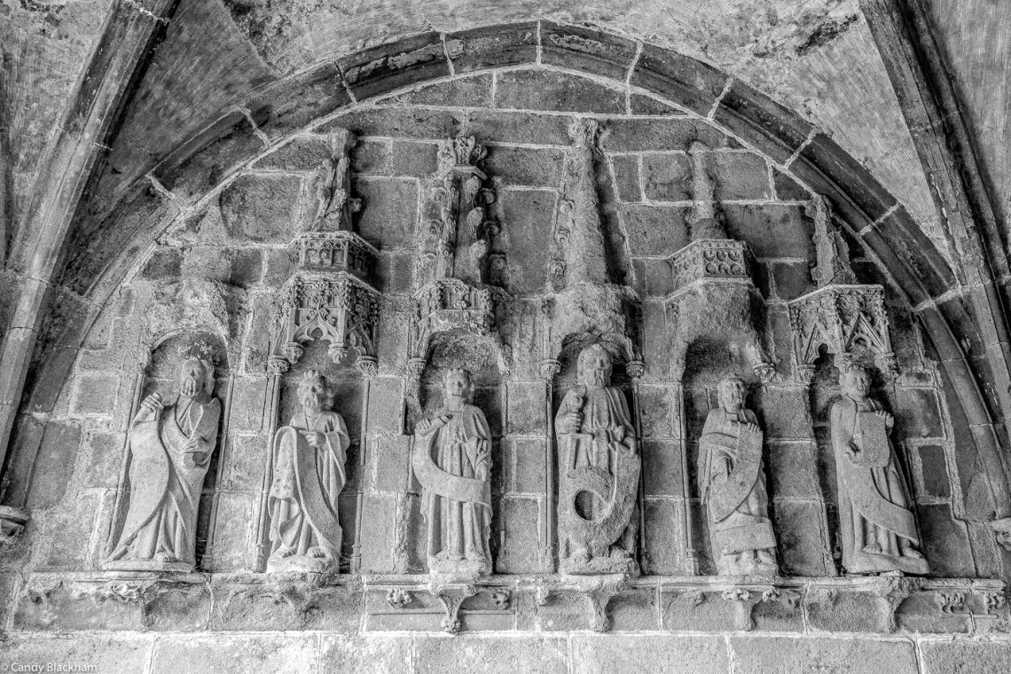 The Apostles inside the South Porch, La Martyre
