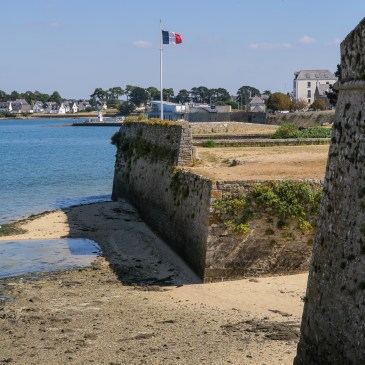 Port St Louis – defence & trade on the River Blavet