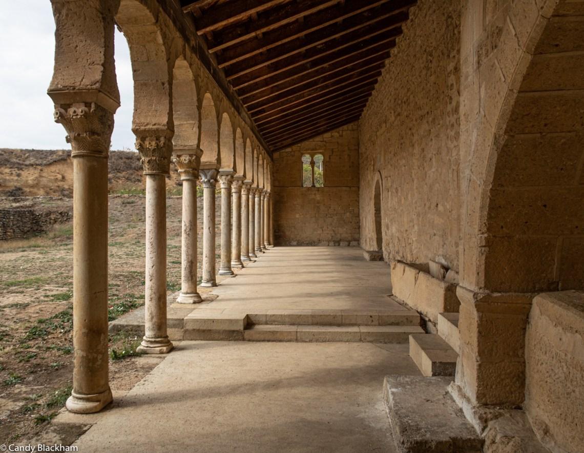 The porch of San Miguel de Escalada