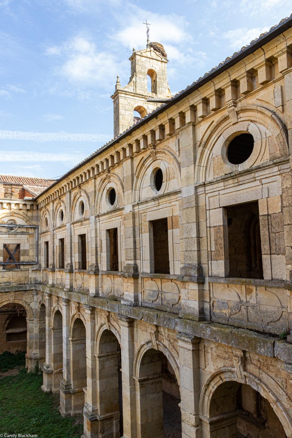 The monks' cloister at Santa Maria de Sandoval