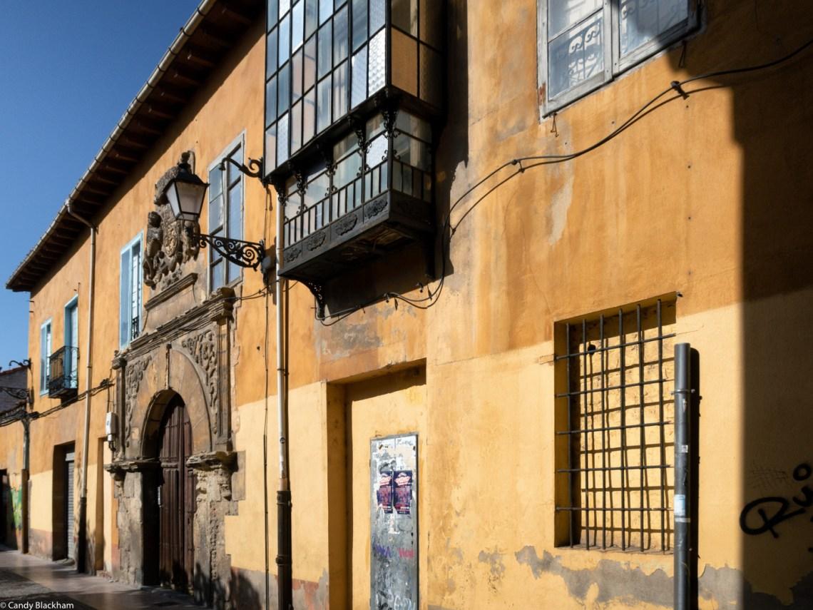 In the Calle Serranos in Leon