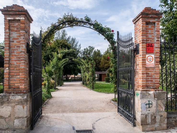 The entrance to the Aljibe Park - the Synagogue Gardens