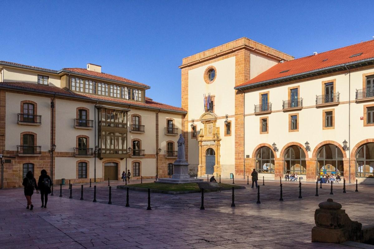 Plaza de Feijoo