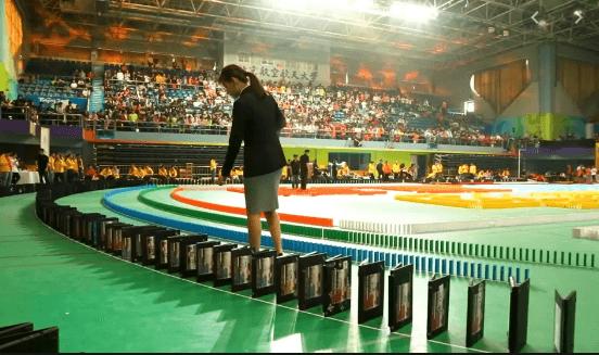 ondon world record Laptops Toppled